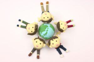 地球と子どもたち